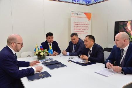 Глава Тувы и генеральный директор Сибирской генерирующей компании обсудили планы на 2019 год